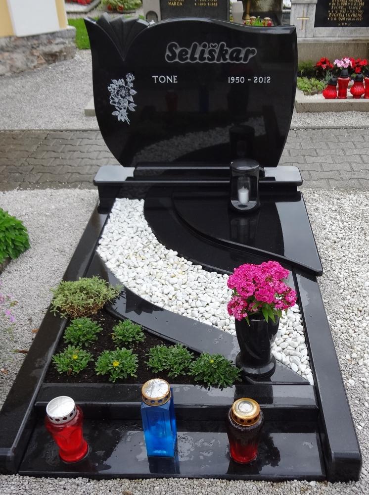 kamnosestvo-vodnik-nagrobniki.13