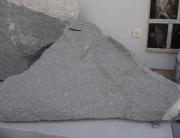 naravna skala pohorski tonalit